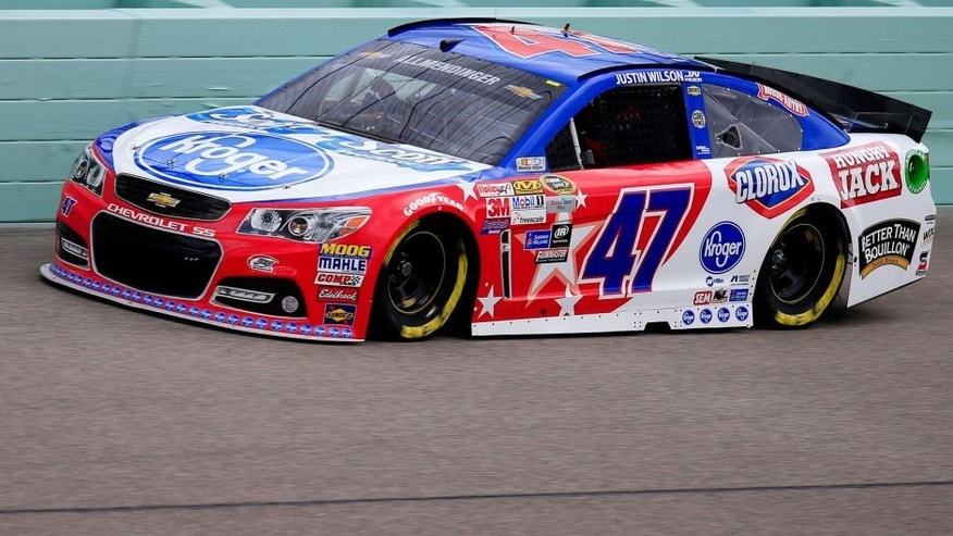 HOMESTEAD, FL - NOVEMBER 20: AJ Allmendinger, driver of the #47 Kroger/Scott Products Chevrolet, practices for the NASCAR Sprint Cup Series Ford EcoBoost 400 at Homestead-Miami Speedway on November 20, 2015 in Homestead, Florida. (Photo by Chris Trotman/NASCAR via Getty Images)