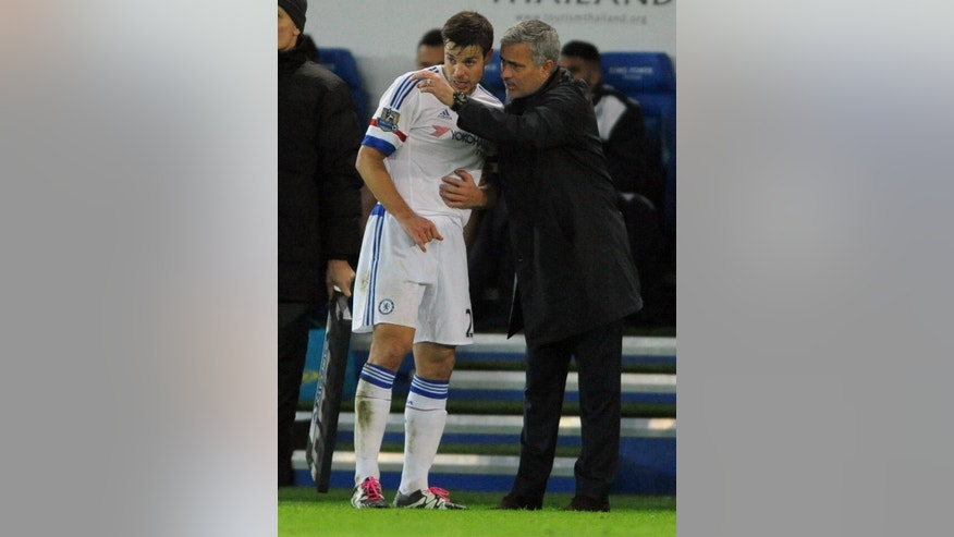 Chelsea manager Jose Mourinho, right, gives instructions to substitute Chelsea's Cesar Azpilicueta during the English Premier League soccer match between Leicester City and Chelsea at the King Power Stadium in Leicester, England, Monday, Dec. 14, 2015. (AP Photo/Rui Vieira)