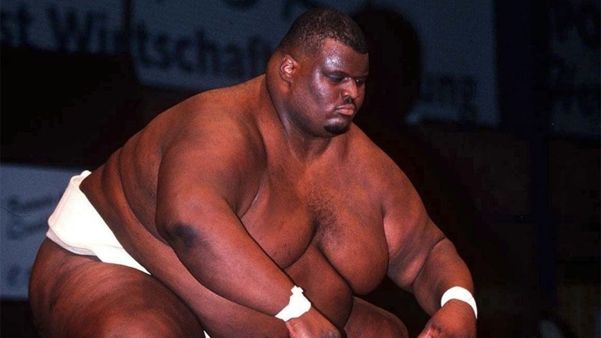 GERMANY - SEPTEMBER 13: EM 1997 in Riesa; Emmanuel YARBROUGH (USA) 300kg (Photo by Vivien Venzke/Bongarts/Getty Images)