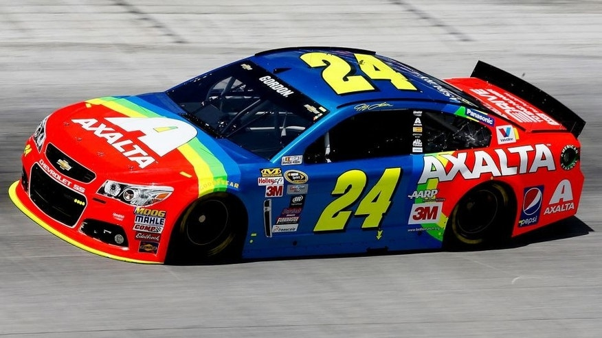 BRISTOL, TN - AUGUST 21: Jeff Gordon, driver of the #24 Axalta Chevrolet, practices for the NASCAR Sprint Cup Series Irwin Tools Night Race at Bristol Motor Speedway on August 21, 2015 in Bristol, Tennessee. (Photo by Gregory Shamus/Getty Images)