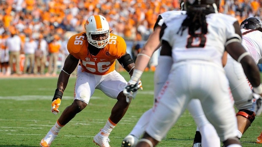 NASHVILLE, TN - SEPTEMBER 05: Curt Maggitt #56 of the Tennessee Volunteers plays against the Bowling Green Falcons at Nissan Stadium on September 5, 2015 in Nashville, Tennessee. (Photo by Frederick Breedon/Getty Images)
