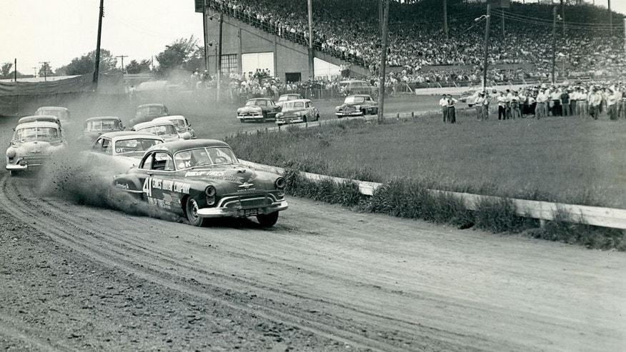 CANFIELD, OH ? May 30, 1950: Curtis Turner (No. 41) leads the way during a NASCAR Cup race at Canfield Speedway. Turner led the first 120 laps of the event before the engine in his Oldsmobile went sour, handing the lead over to eventual winner Bill Rexford. (Photo by ISC Images & Archives via Getty Images)
