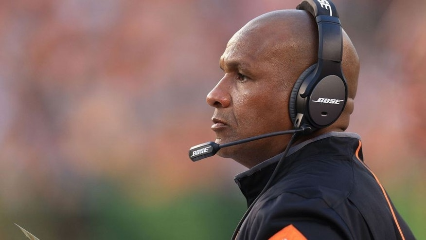 Aug 14, 2015; Cincinnati, OH, USA; Cincinnati Bengals offensive coordinator Hue Jackson in a preseason NFL football game against the New York Giants at Paul Brown Stadium. Mandatory Credit: Andrew Weber-USA TODAY Sports
