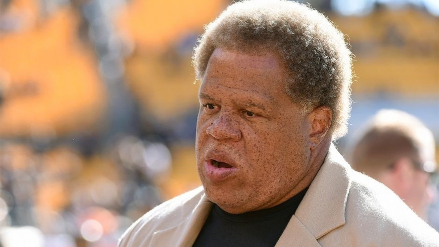 PITTSBURGH, PA - NOVEMBER 8: General manager Reggie McKenzie of the Oakland Raiders looks on from the sideline before a game against the Pittsburgh Steelers at Heinz Field on November 8, 2015 in Pittsburgh, Pennsylvania. The Steelers defeated the Raiders 38-35. (Photo by George Gojkovich/Getty Images)