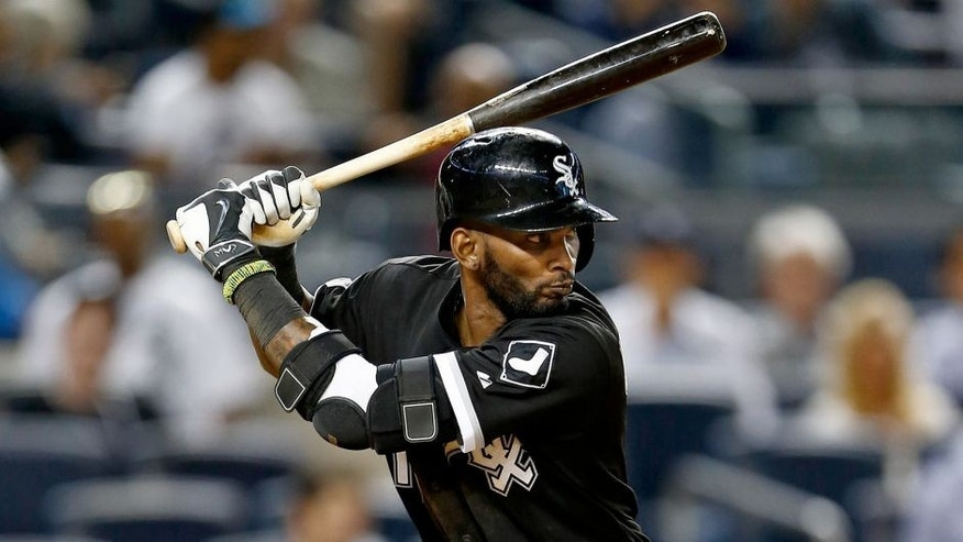 NEW YORK, NY - SEPTEMBER 24: Alexei Ramirez #10 of the Chicago White Sox in action against the New York Yankees during a MLB baseball game at Yankee Stadium on September 24, 2015 in the Bronx borough of New York City. (Photo by Rich Schultz/Getty Images)
