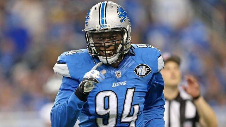 DETROIT MI - NOVEMBER 26: Ezekiel Ansah #94 of the Detroit Lions leaves the game during the first quarter of the game against the Philadelphia Eagles on November 26, 2015 at Ford Field in Detroit, Michigan. The Lions defeated the Eagles 45-14. (Photo by Leon Halip/Getty Images)