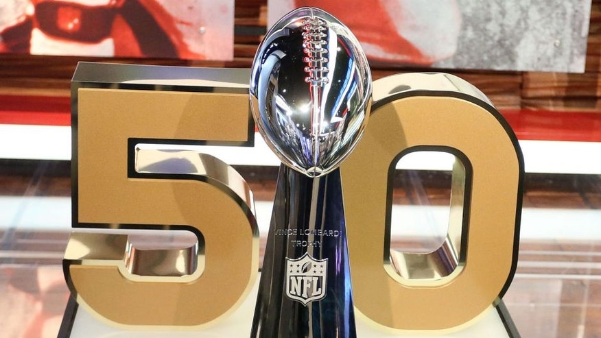 CULVER CITY, CA - SEPTEMBER 09: The Super Bowl trophy on display during the NFL Media Event, the day before Kickoff to the 2015 Season on September 9, 2015 in Culver City, California. (Photo by Frederick M. Brown/Getty Images)