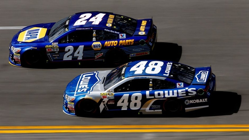 DAYTONA BEACH, FL - FEBRUARY 21: Chase Elliott, driver of the #24 NAPA Auto Parts Chevrolet, races Jimmie Johnson, driver of the #48 Lowe's Chevrolet, during the NASCAR Sprint Cup Series DAYTONA 500 at Daytona International Speedway on February 21, 2016 in Daytona Beach, Florida. (Photo by Jonathan Ferrey/Getty Images)