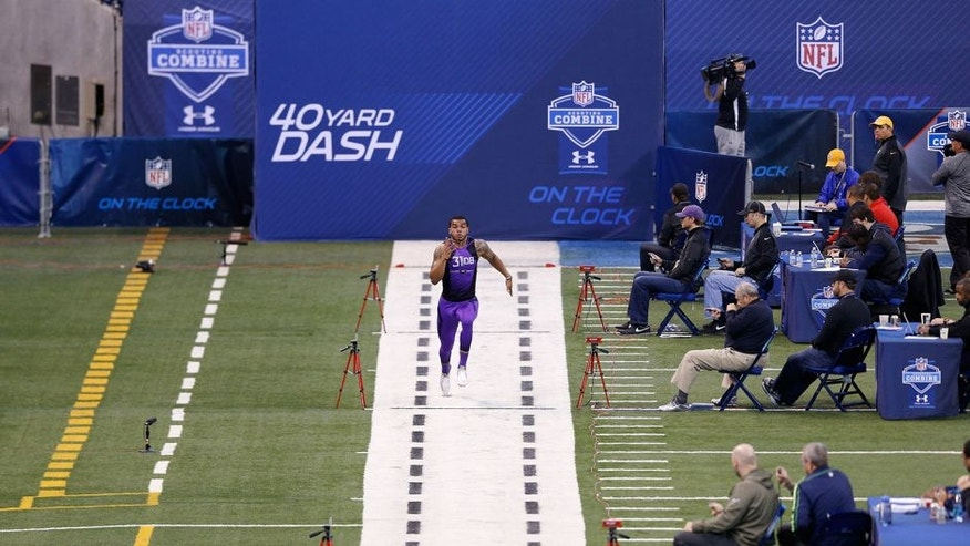 INDIANAPOLIS, IN - FEBRUARY 23: General view as defensive back Dean Marlowe of James Madison runs the 40-yard dash during the 2015 NFL Scouting Combine at Lucas Oil Stadium on February 23, 2015 in Indianapolis, Indiana. (Photo by Joe Robbins/Getty Images)