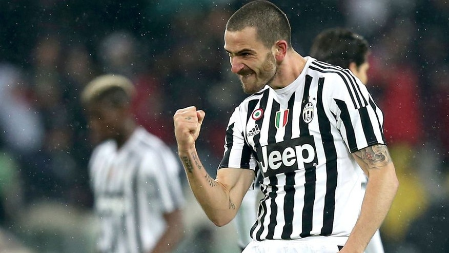 "Juventus' defender Italian Leonardo Bonucci celebrates after scoring during the Italian Serie A football match Juventus Vs Inter Milan on February 28, 2016 at the ""Juventus Stadium"" in Turin. / AFP / MARCO BERTORELLO (Photo credit should read MARCO BERTORELLO/AFP/Getty Images)"