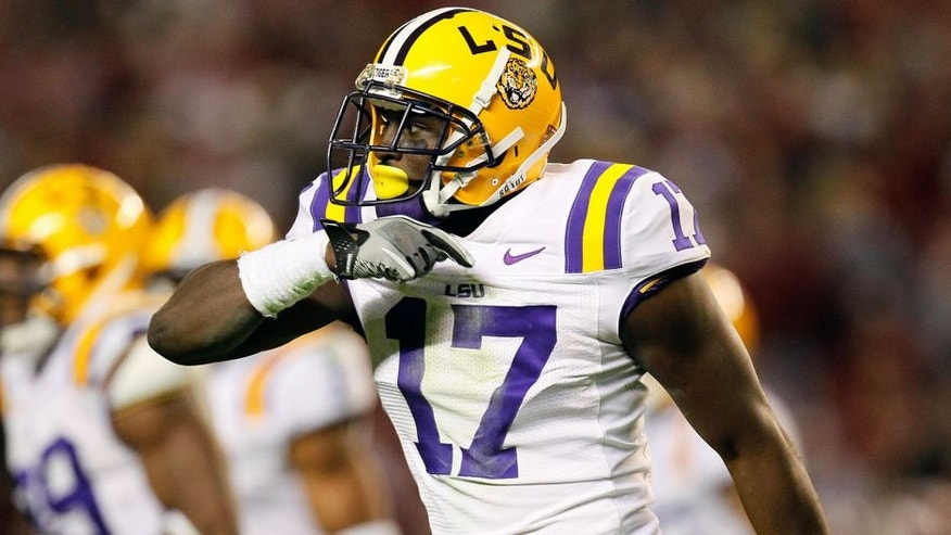 TUSCALOOSA, AL - NOVEMBER 05: Morris Claiborne #17 of the LSU Tigers against the Alabama Crimson Tide at Bryant-Denny Stadium on November 5, 2011 in Tuscaloosa, Alabama. (Photo by Kevin C. Cox/Getty Images) *** Local Caption *** Morris Claiborne