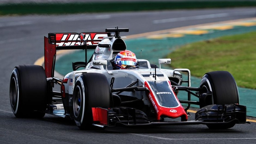 MELBOURNE, AUSTRALIA - MARCH 20: Romain Grosjean of France drives the (8) Haas F1 Team Haas-Ferrari VF-16 Ferrari 059/5 turbo on track during the Australian Formula One Grand Prix at Albert Park on March 20, 2016 in Melbourne, Australia. (Photo by Mark Thompson/Getty Images)