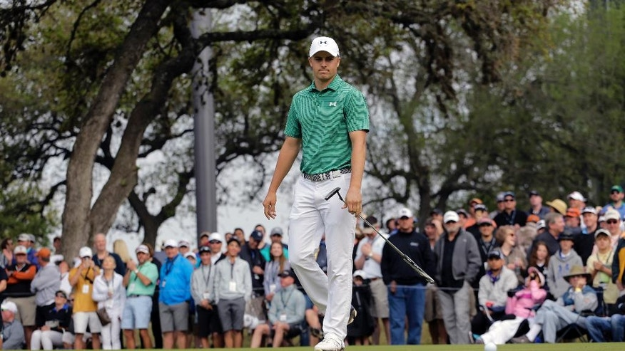 Jordan Spieth reacts to missing putt on the sixth green during the round of 16 play against Louis Oosthuizen at the Dell Match Play Championship golf tournament at Austin County Club, Saturday, March 26, 2016, in Austin, Texas. (AP Photo/Eric Gay)