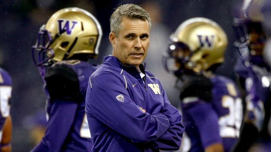 SEATTLE, WA - OCTOBER 17: Head coach Chris Petersen of the Washington Huskies looks on prior to the game against the Oregon Ducks on October 17, 2015 at Husky Stadium in Seattle, Washington. (Photo by Otto Greule Jr/Getty Images)