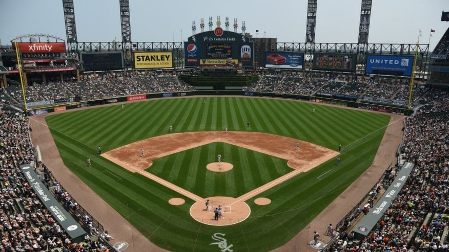 CHICAGO, IL - JULY 05: on July 5, 2015 at U. S. Cellular Field in Chicago, Illinois. (Photo by David Banks/Getty Images) *** Local Caption ***,CHICAGO, IL - JULY 05: A general view of the ballpark during a game between the Chicago White Sox and the Baltimore Orioles on July 5, 2015 at U. S. Cellular Field in Chicago, Illinois. (Photo by David Banks/Getty Images)