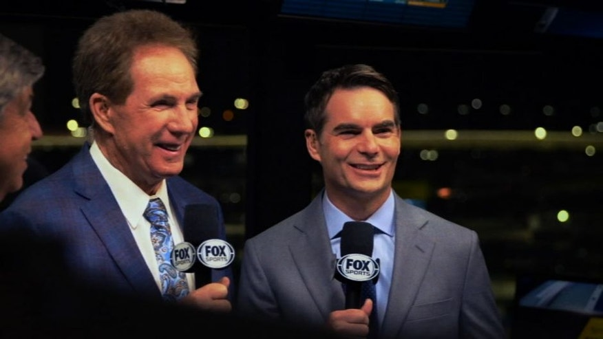 NASCAR RaceDay: Jeff Gordon joins Mike Joy and Darrell Waltrip in the FOX NASCAR booth for the Daytona 500. Go behind-the-scenes on his first week of work in Daytona.