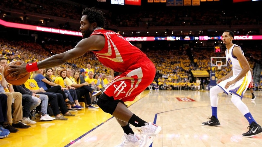 Apr 18, 2016; Oakland, CA, USA; Houston Rockets guard Patrick Beverley (2) is unable to save the ball from going out of bounds against the Golden State Warriors in the second quarter in game two of the first round of the NBA Playoffs at Oracle Arena. Mandatory Credit: Cary Edmondson-USA TODAY Sports
