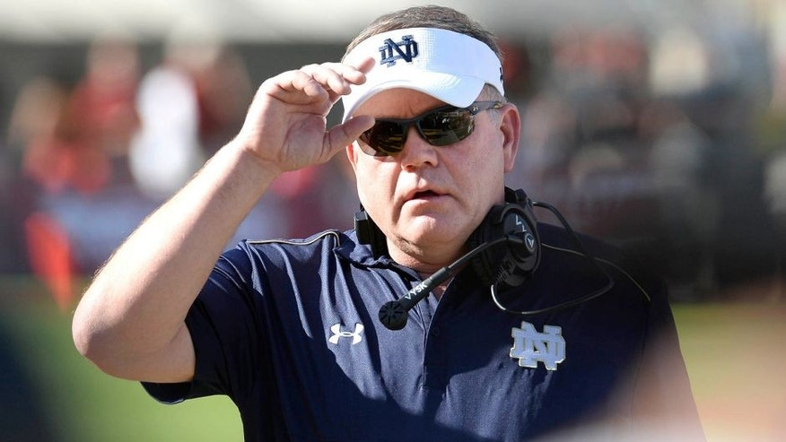 Nov 29, 2014; Los Angeles, CA, USA; Notre Dame Fighting Irish head coach Brian Kelly during the first half against the Southern California Trojans at Los Angeles Memorial Coliseum. Mandatory Credit: Richard Mackson-USA TODAY Sports