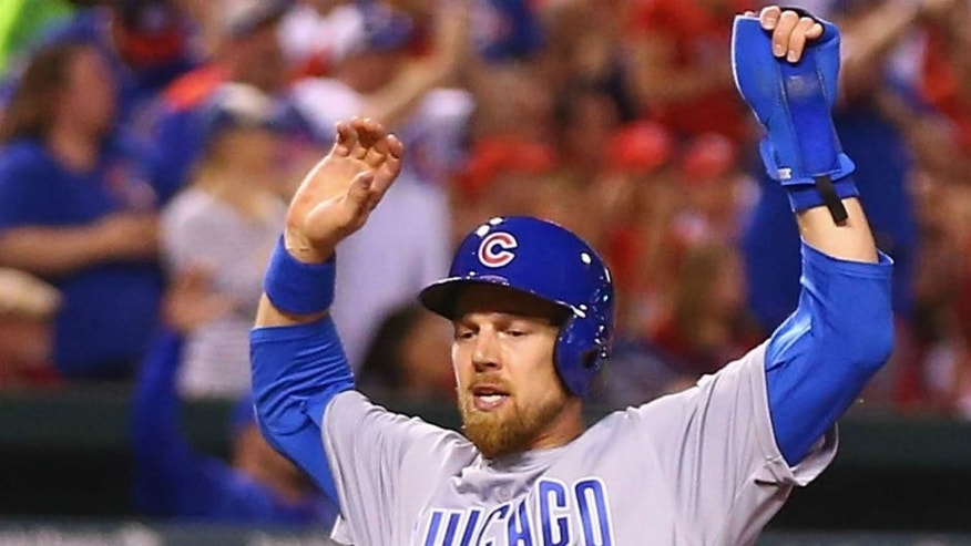 ST. LOUIS, MO - APRIL 19: Ben Zobrist #18 of the Chicago Cubs scores a run against the St. Louis Cardinals in the fourth inning at Busch Stadium on April 19, 2016 in St. Louis, Missouri. (Photo by Dilip Vishwanat/Getty Images)