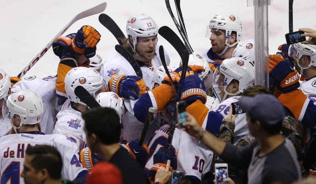 Islanders on brink of ending 23-year playoff drought