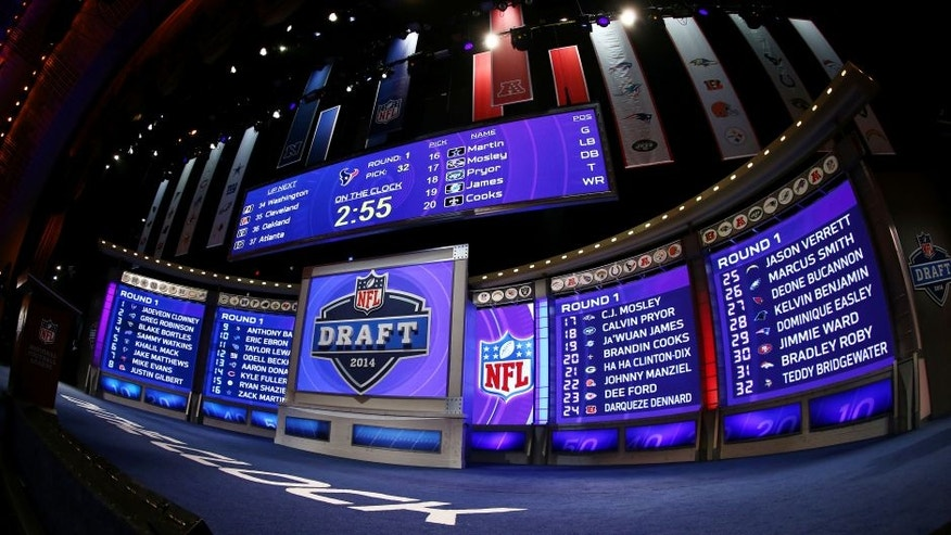 NEW YORK, NY - MAY 08: A general view of the draft stage after the first round of the 2014 NFL Draft at Radio City Music Hall on May 8, 2014 in New York City. (Photo by Elsa/Getty Images)