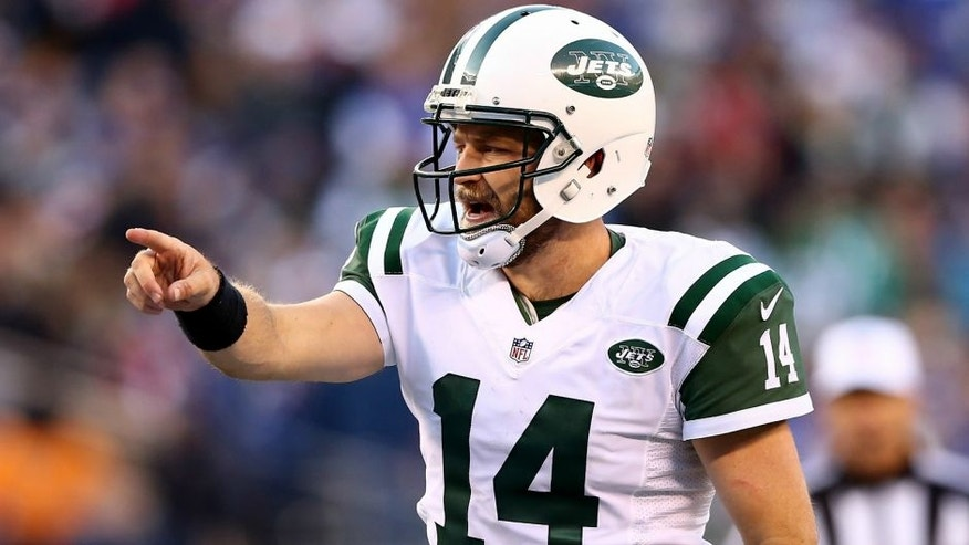 Ryan Fitzpatrick #14 of the New York Jets calls out the play in the fourth quarter against the New York Giants on December 6, 2015 at MetLife Stadium in East Rutherford, New Jersey. (Photo by Elsa/Getty Images)
