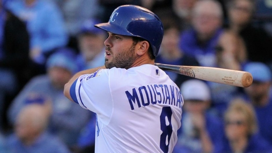 KANSAS CITY, MO - APRIL 21: Mike Moustakas #8 of the Kansas City Royals hits a single in the first inning against the Detroit Tigers at Kauffman Stadium on April 21, 2016 in Kansas City, Missouri. (Photo by Ed Zurga/Getty Images) *** Local Caption *** Mike Moustakas,KANSAS CITY, MO - APRIL 21: Mike Moustakas #8 of the Kansas City Royals hits a single in the first inning against the Detroit Tigers at Kauffman Stadium on April 21, 2016 in Kansas City, Missouri. (Photo by Ed Zurga/Getty Images)