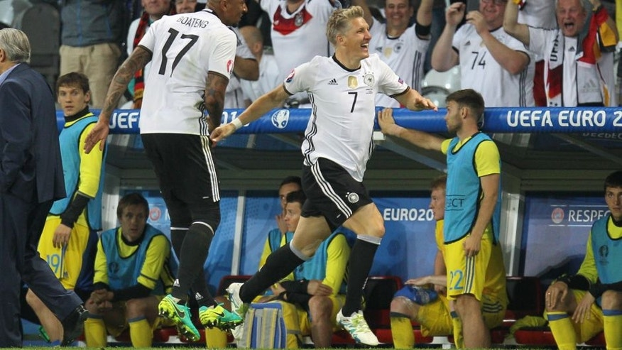 LILLE, FRANCE - JUNE 12: Bastian Schweinsteiger of Germany celebrates after scoring a goal during the UEFA EURO 2016 Group C match between Germany and Ukraine at Stade Pierre-Mauroy on June 12, 2016 in Lille, France. (Photo by Christian Kolbert/Anadolu Agency/Getty Images)