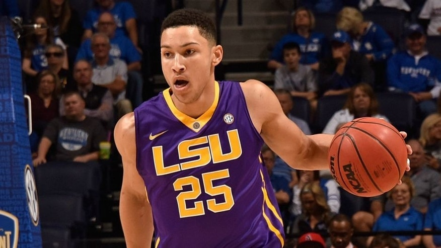 during the first half at Bridgestone Arena on March 12, 2016 in Nashville, Tennessee.,NASHVILLE, TENNESSEE - MARCH 12: Ben Simmons #25 of the LSU Tigers plays against the Texas A&M Aggies in an SEC Basketball Tournament Semifinals game at Bridgestone Arena on March 12, 2016 in Nashville, Tennessee. (Photo by Frederick Breedon/Getty Images)