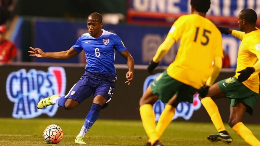 ST. LOUIS, MO - NOVEMBER 13: Darlington Nagbe #6 of the United States passes the ball against St. Vincent and the Grenadines during a World Cup qualifying match at Busch Stadium on November 13, 2014 in St. Louis, Missouri. (Photo by Dilip Vishwanat/Getty Images)