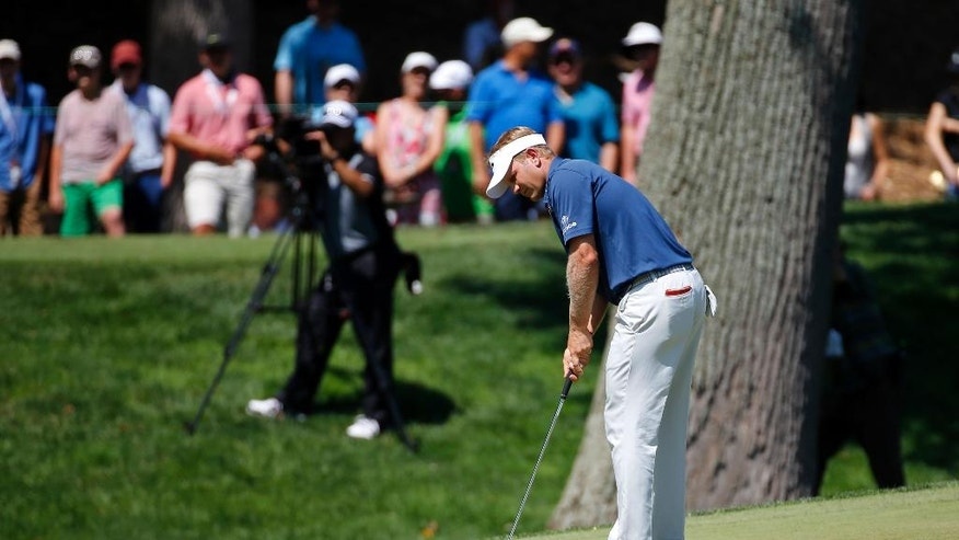 Billy Hurley III putts on the sixth green during the third round of the Quicken Loans National PGA golf tournament, Saturday, June 25, 2016, in Bethesda, Md. (AP Photo/Patrick Semansky)