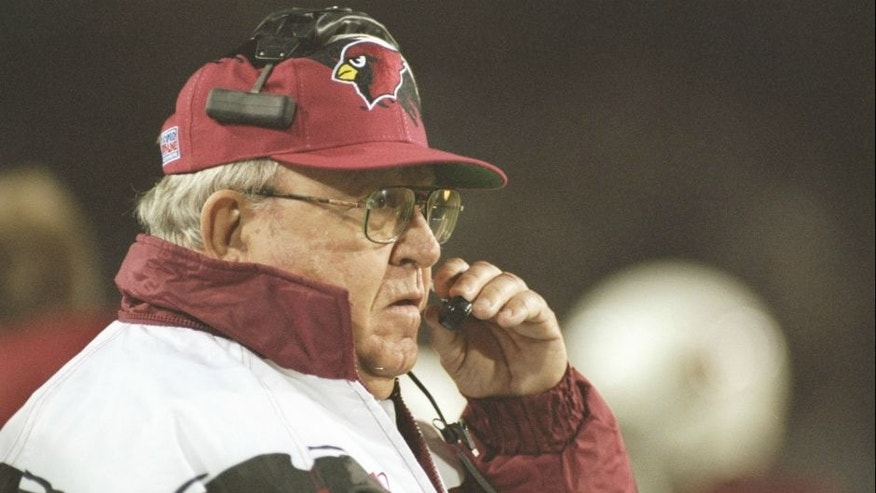 <p>25 Dec 1995: Coach Buddy Ryan of the Arizona Cardinals watches his players during a game against the Dallas Cowboys at Sun Devil Stadium in Tempe, Arizona. The Cowboys won the game 37-13 and was Ryan''s final game. Mandatory Credit: Jamie Squire /Allspo</p>
