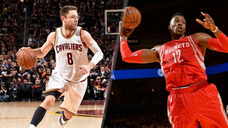 Matthew Dellavedova and Dwight Howard are two free agents the Milwaukee Bucks could target this summer.