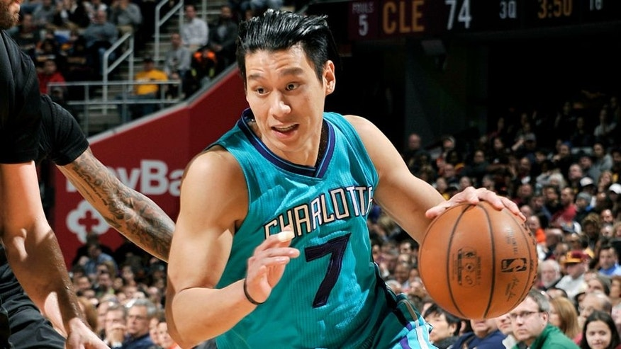 CLEVELAND, OH - APRIL 3: Jeremy Lin #7 of the Charlotte Hornets handles the ball during the game against the Cleveland Cavaliers on April 3, 2016 at Quicken Loans Arena in Cleveland, Ohio. NOTE TO USER: User expressly acknowledges and agrees that, by downloading and or using this Photograph, user is consenting to the terms and conditions of the Getty Images License Agreement. Mandatory Copyright Notice: Copyright 2016 NBAE (Photo by David Liam Kyle/NBAE via Getty Images)