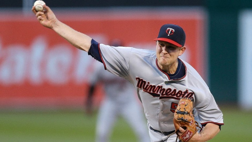 Minnesota Twins pitcher Tyler Duffey works against the Oakland Athletics.