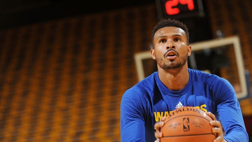 OAKLAND, CA - APRIL 18: Leandro Barbosa #19 of the Golden State Warriors warms up before the game against the Houston Rockets in Game Two of the Western Conference Quarterfinals during the 2016 NBA Playoffs on April 18, 2016 at ORACLE Arena in Oakland, California. NOTE TO USER: User expressly acknowledges and agrees that, by downloading and or using this photograph, user is consenting to the terms and conditions of Getty Images License Agreement. Mandatory Copyright Notice: Copyright 2016 NBAE (Photo by Noah Graham/NBAE via Getty Images)