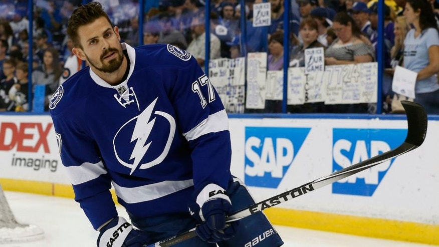 May 20, 2016; Tampa, FL, USA; Tampa Bay Lightning center Alex Killorn (17) works out prior to game four of the Eastern Conference Final of the 2016 Stanley Cup Playoffs at Amalie Arena. Mandatory Credit: Kim Klement-USA TODAY Sports