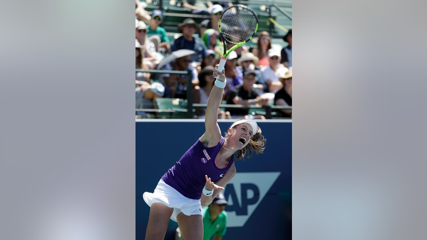 Johanna Konta, of Britain, serves to Venus Williams during the final in the Bank of the West Classic tennis tournament Sunday, July 24, 2016, in Stanford, Calif. (AP Photo/Marcio Jose Sanchez)