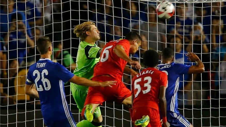 Football - Liverpool v Chelsea - International Champions Cup - Rose Bowl, Pasadena, California, United States of America - 27/7/16 Liverpool's Loris Karius (2nd L) in action Reuters / Mike Blake Livepic