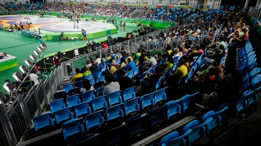 General view inside the Carioca 2 Arena during the women's freestyle wrestling competition at the 2016 Summer Olympics in Rio de Janeiro, Brazil, Thursday, Aug. 18, 2016. (AP Photo/Markus Schreiber)