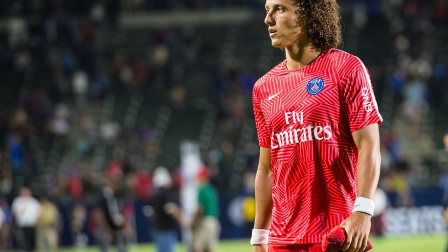 Luiz stunner tops off billion-pound transfer blitz