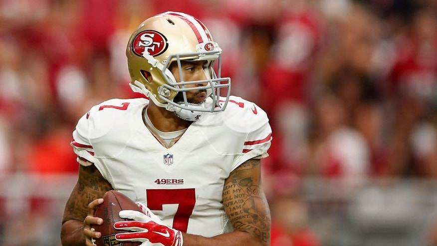 GLENDALE, AZ - SEPTEMBER 27: Quarterback Colin Kaepernick #7 of the San Francisco 49ers drops back to pass during the NFL game against the Arizona Cardinals at the University of Phoenix Stadium on September 27, 2015 in Glendale, Arizona. The Carindals defeated the 49ers 47-7. (Photo by Christian Petersen/Getty Images)