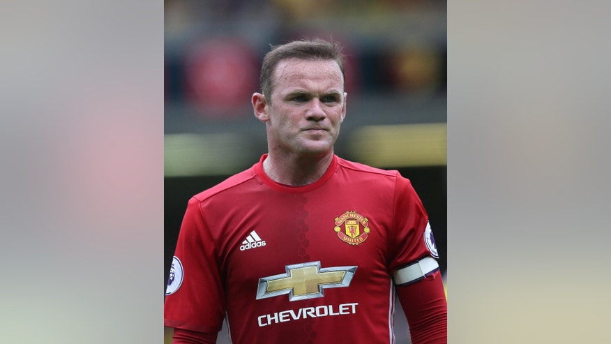 Manchester United's Wayne Rooney looks dejected during the English Premier League soccer match between Watford and Manchester United at Vicarage Road in London, Sunday Sept. 18, 2016. (AP Photo/Tim Ireland)