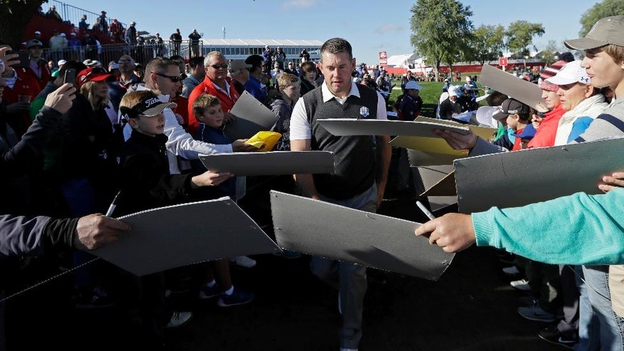 Europe's Lee Westwood makes his way to the second hole during a practice round for the Ryder Cup golf tournament Thursday, Sept. 29, 2016, at Hazeltine National Golf Club in Chaska, Minn. (AP Photo/David J. Phillip)