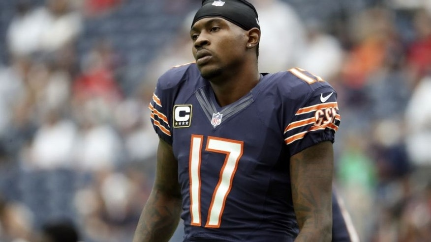 Sep 11, 2016; Houston, TX, USA; Chicago Bears wide receiver Alshon Jeffery (17) before the game against the Houston Texans at NRG Stadium. Mandatory Credit: Kevin Jairaj-USA TODAY Sports
