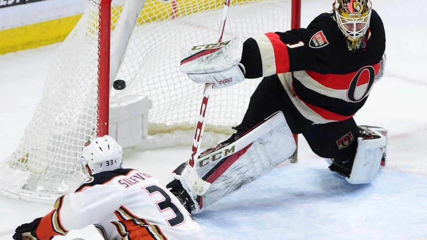 Anaheim Ducks' Jakob Silfverberg blasts the puck past Ottawa Senators' Mike Condon during the second period of an NHL hockey game, Thursday, Dec. 22, 2016 in Ottawa, Ontario. (Sean Kilpatrick/The Canadian Press via AP)