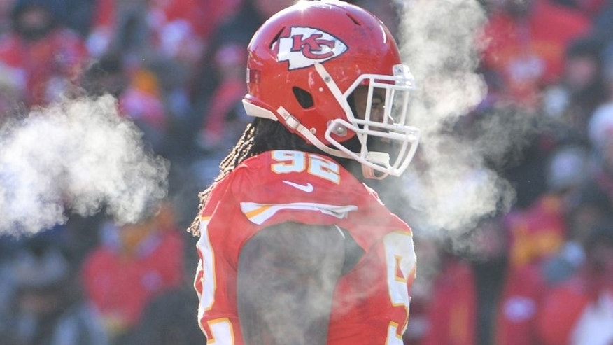 Dec 18, 2016; Kansas City, MO, USA; Steam rises from Kansas City Chiefs nose tackle Dontari Poe (92) before a play during a football game against the Tennessee Titans at Arrowhead Stadium. Tennessee won 19-17. Mandatory Credit: Denny Medley-USA TODAY Sports