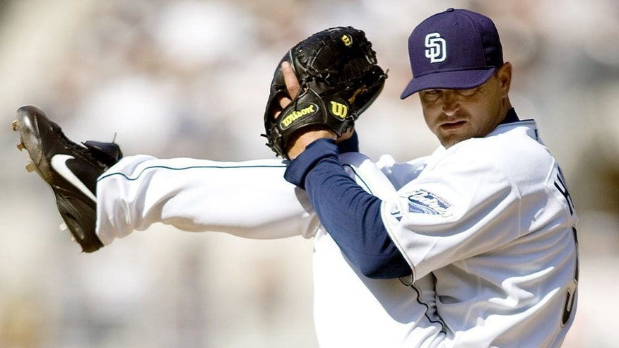 SAN DIEGO - APRIL 26: Pitcher Trevor Hoffman #51 of the San Diego Padres pitches against the Arizona Diamondbacks at Petco Park on April 26, 2008 in San Diego, California. The Padres won 8-7. (Photo by Andy Hayt/Getty Images)
