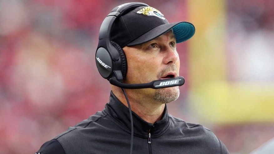 Chargers reportedly land Gus Bradley as defensive coordinator