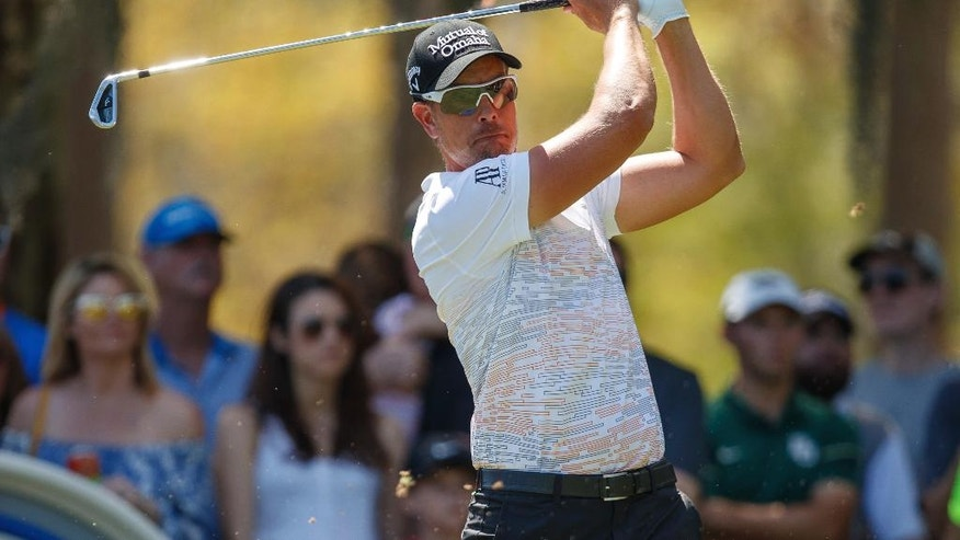 Henrik Stenson, of Sweden, tees off on the 2nd hole during the third round of the Valspar Championship golf tournament Saturday, March 11, 2017, at Innisbrook in Palm Harbor, Fla. (AP Photo/Mike Carlson)